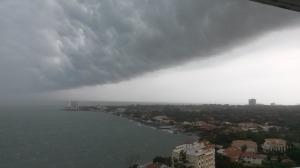 Mørke skyer kommer og går - det er helt naturlig.